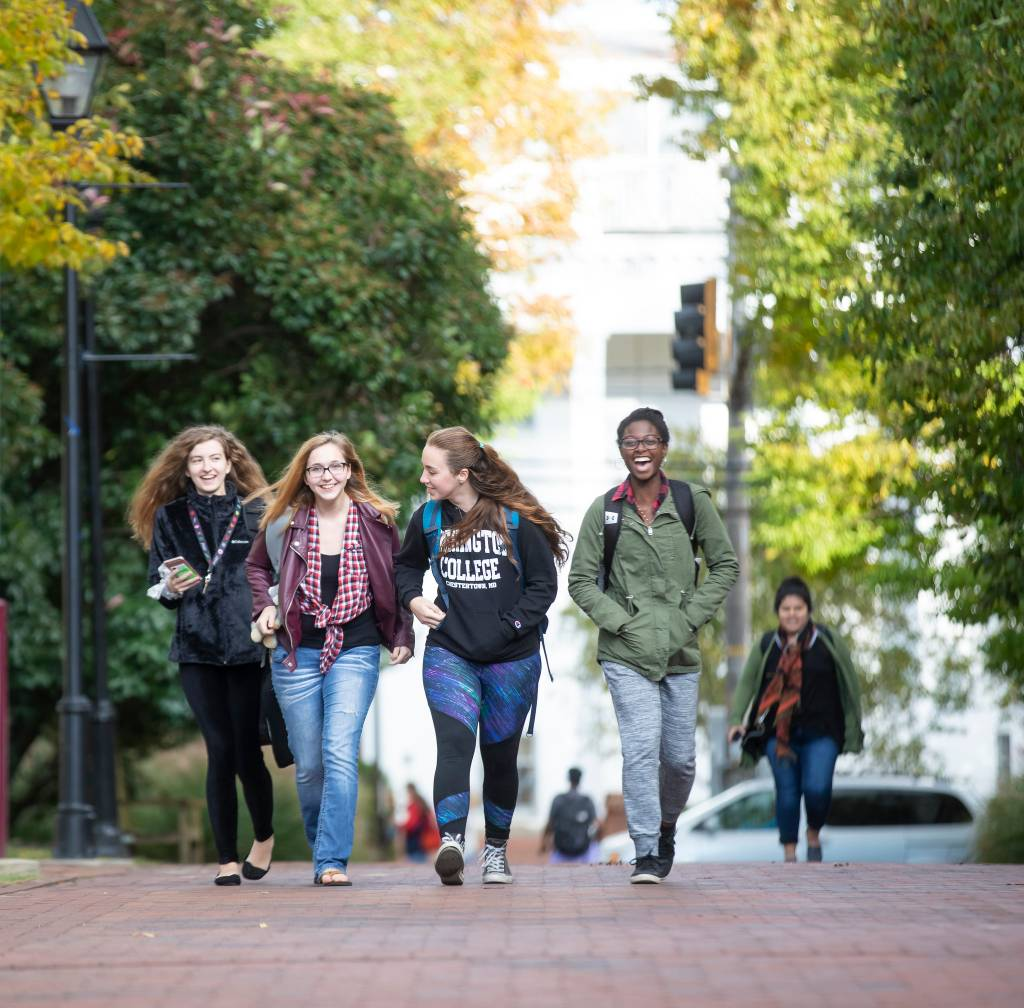 Washington College students walking across campus